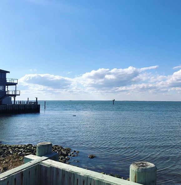 Making an Offer on a Pending Home in the LBI Real Estate Market